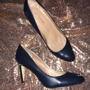 Navy Ann Taylor heels